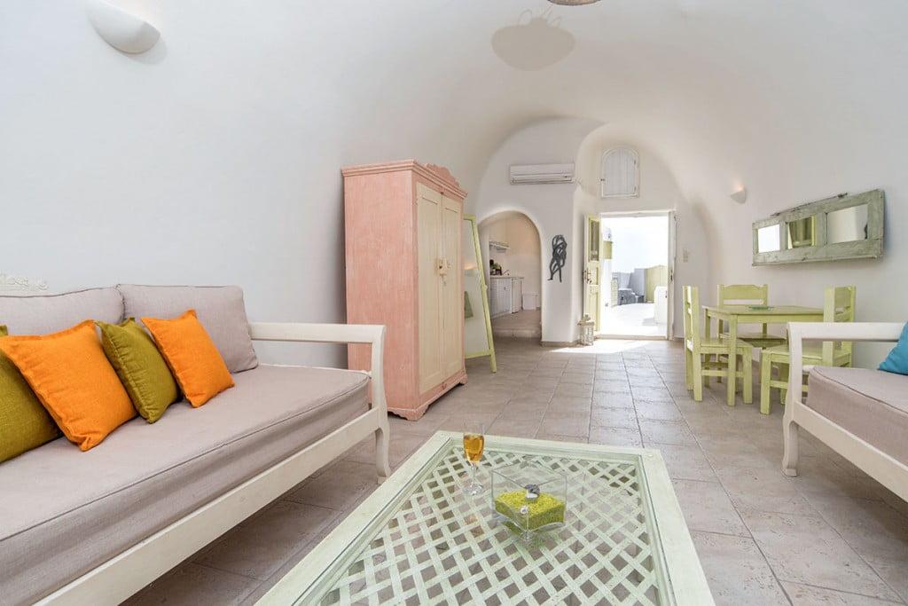 Room | Hideaway Cave House | Vip Suite Santorini | Imerovigli