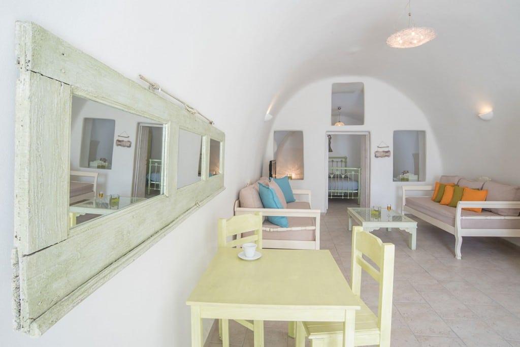 Room| Hideaway Cave House | Vip Suite Santorini | Imerovigli