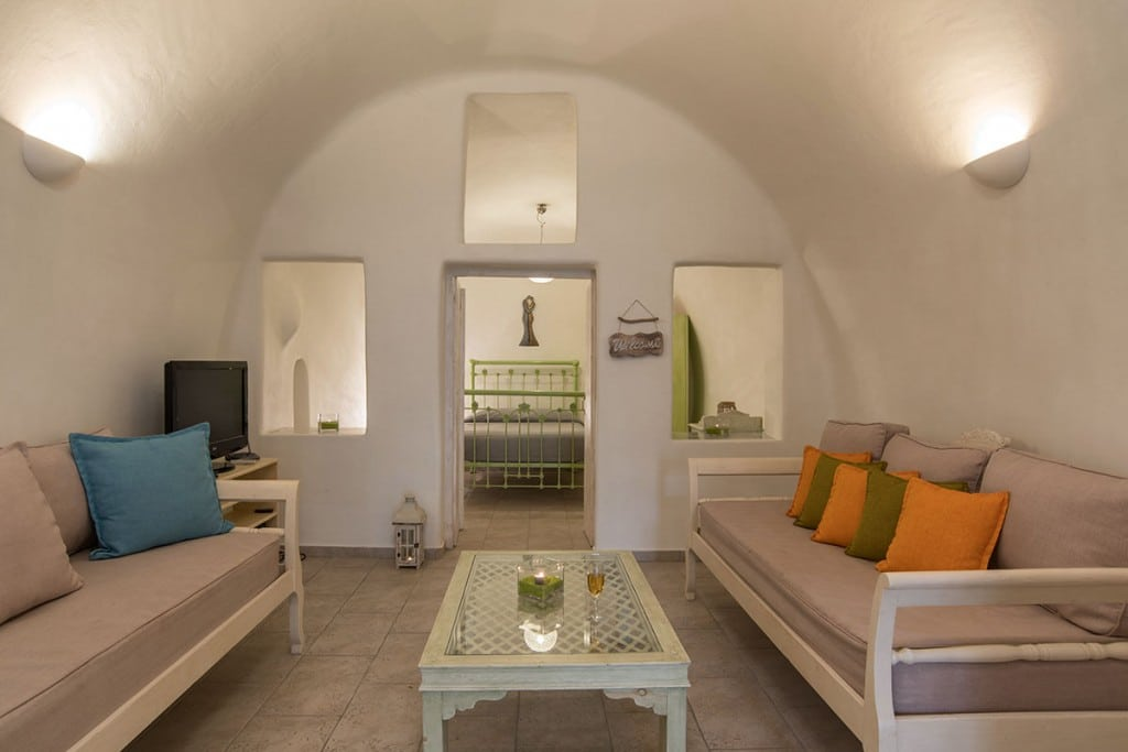 | Hideaway Cave House | Vip Suite Santorini | Imerovigli