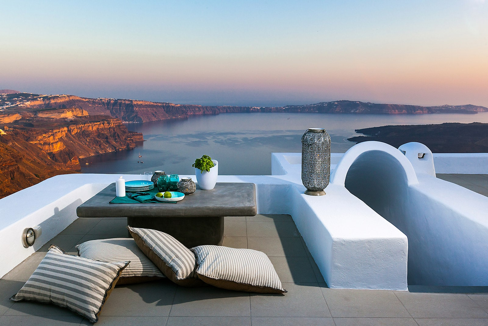 Pura Vida Luxury Villa in Santorini   Imerovigli