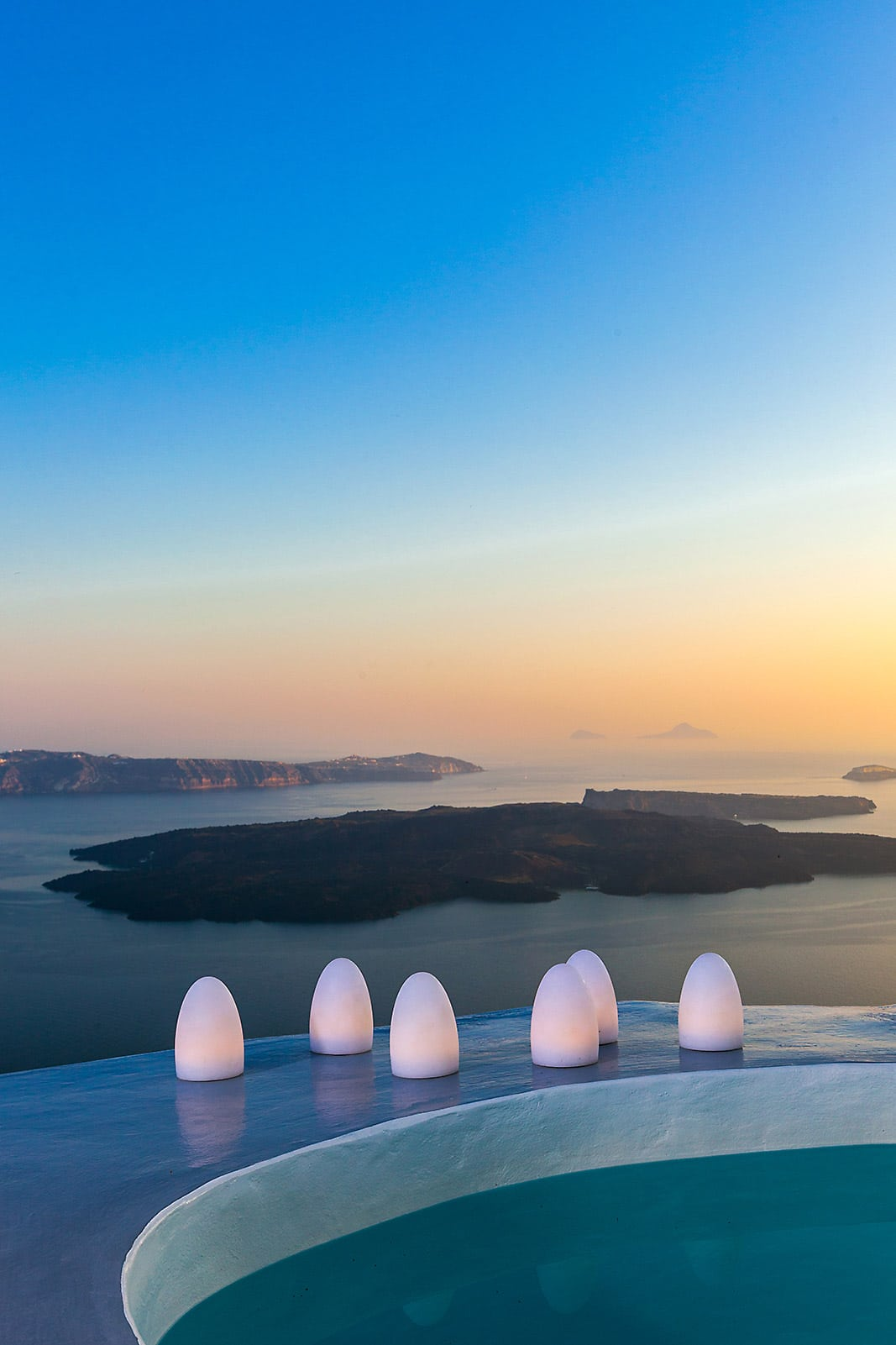 Luxury Villa with Caldera View Santorini | private jacuzzi pool santorini