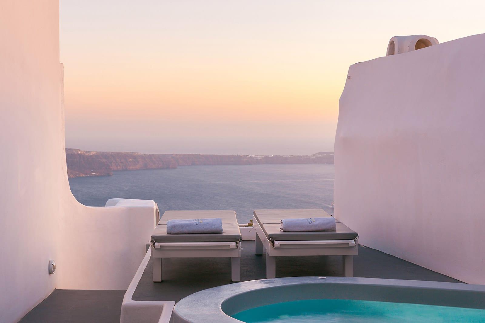 santorini luxury villa with view caldera 05