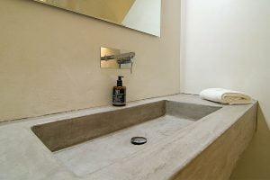 santorini villa pura vida bathroom 34