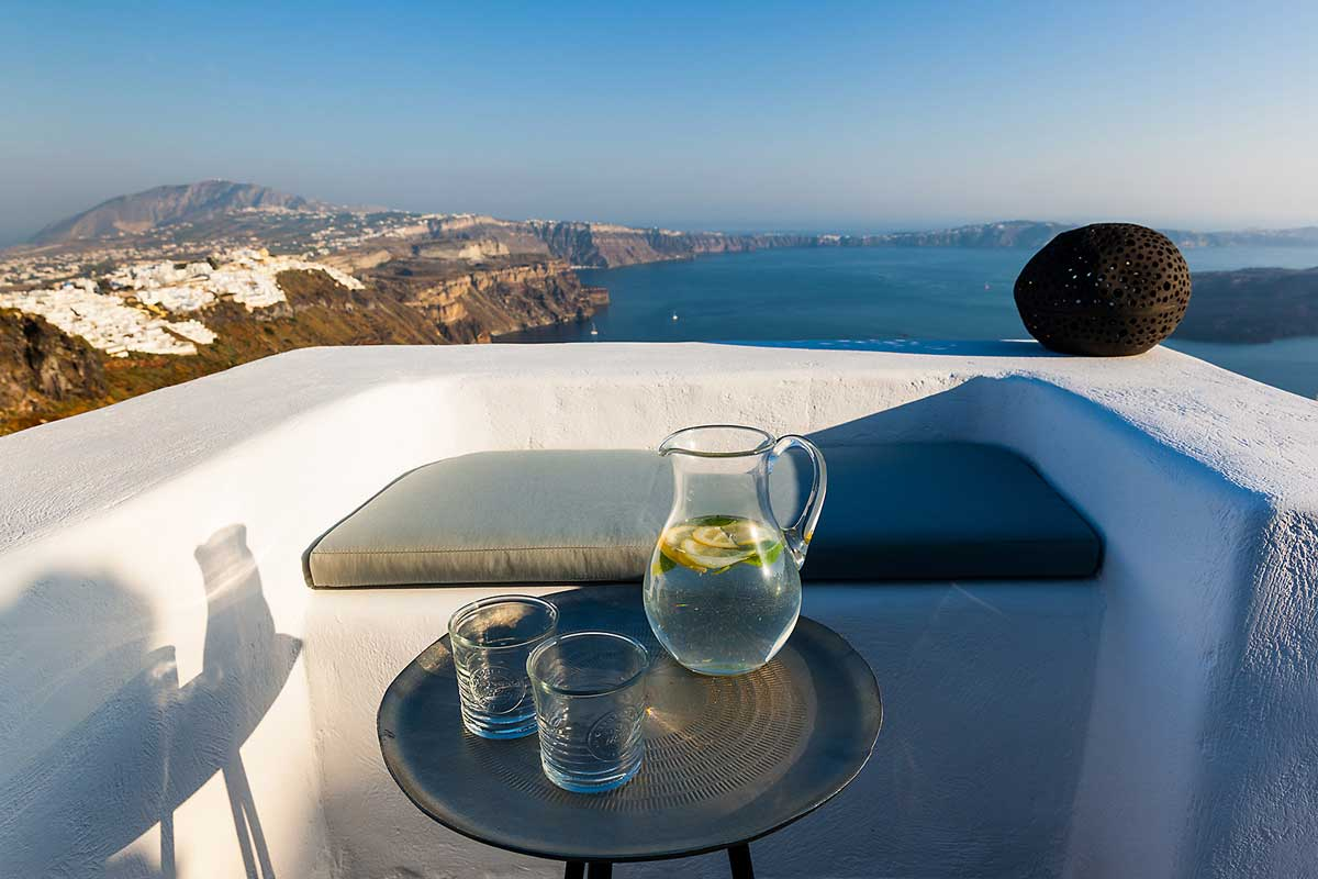Caldera view | luxury villa with infinity Pool Santorini