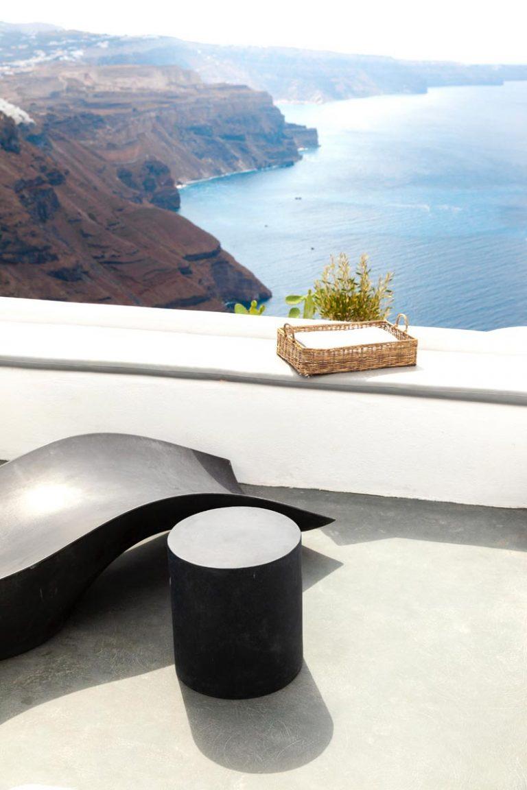 pura vida villa house luxury suites santorini 09