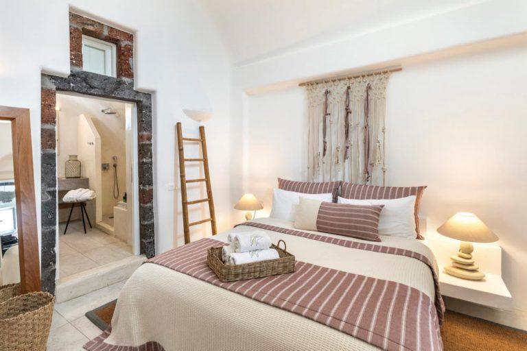 pura vida villa house luxury suites santorini 13