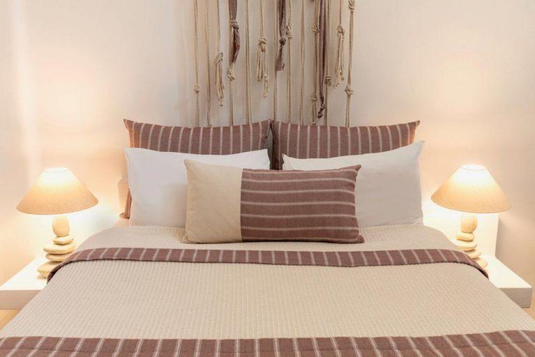 pura vida villa house luxury suites santorini 17