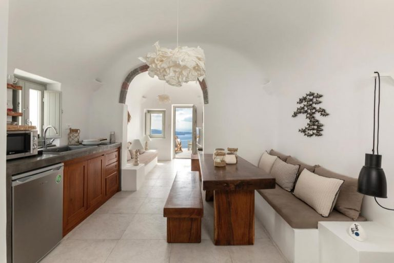 pura vida villa house luxury suites santorini 28