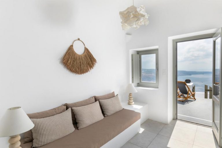 pura vida villa house luxury suites santorini 29