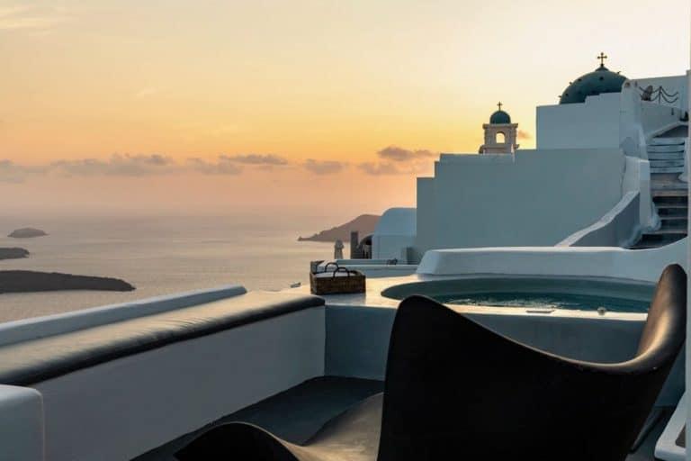 view pura vida villa house luxury suites santorini 15