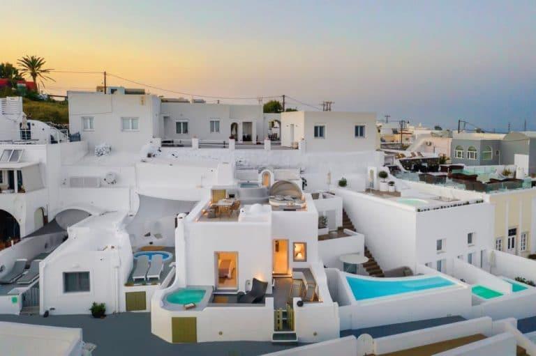 view pura vida villa house luxury suites santorini 20