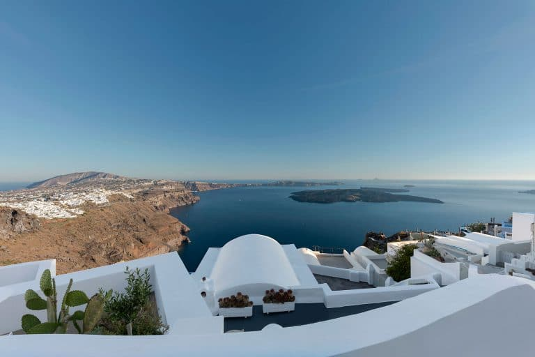 panoramic view luxury accommodation santorini 24