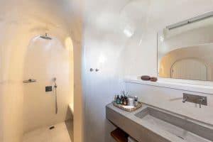 pura vida luxury accommodation santorini 19