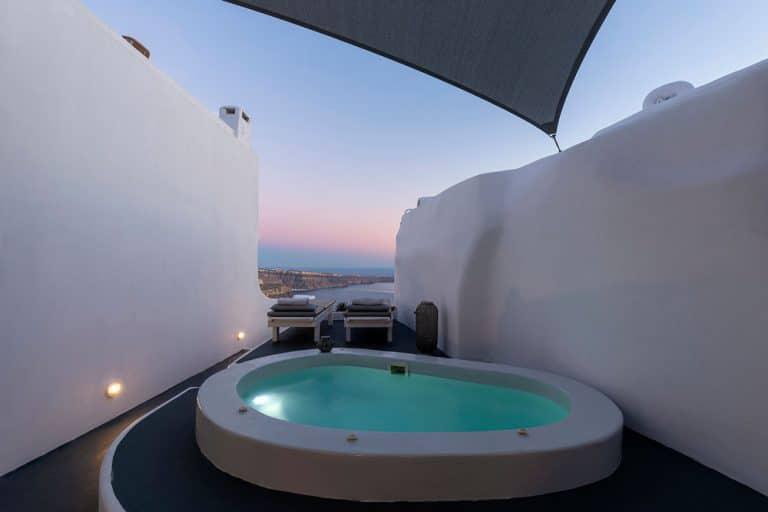 pura vida luxury accommodation santorini 21