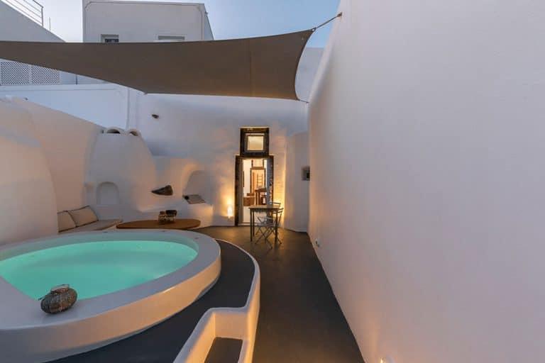 pura vida luxury accommodation santorini 22