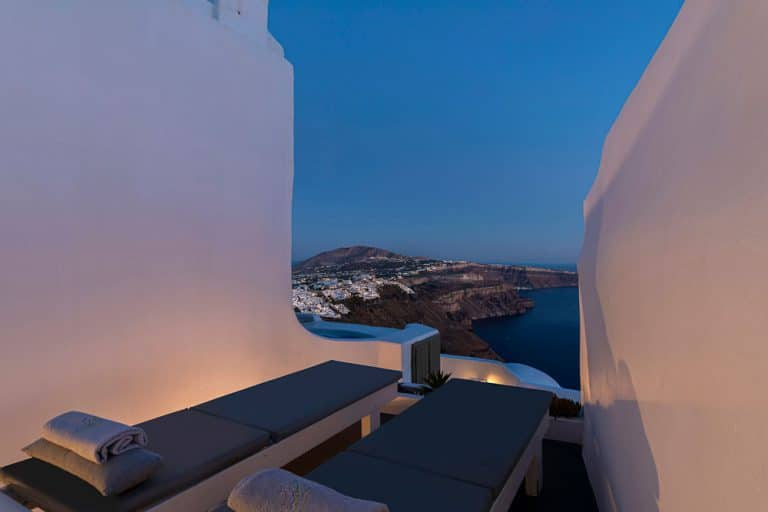 pura vida luxury accommodation santorini 23