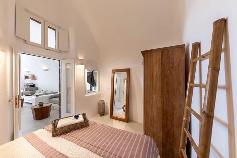 pura vida luxury accommodation santorini 7